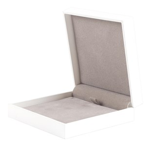 White Deluxe Pendant Box | Hinged Range