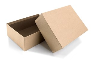 Brown rigid 2 piece postal / gift  box measuring 20.7cmx15.2cmx7cm (LS260)