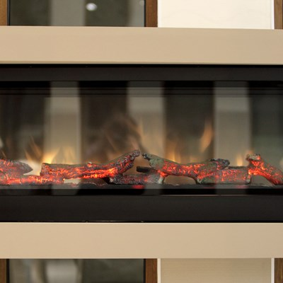 Electric Wall Fireplaces VS Gas Fireplaces: Which Do You Need?