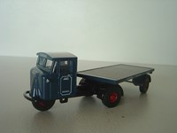 OX76MH007 Oxford Pickfords Mechanical Horse & Flatbead Trailer