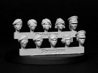 SMA104 Fine Scale Female Heads - Veterans