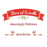 12 SMALL - VARIETY SCROLLS BOX (3 Nutella Banana, 3 Cookies & Cream, 3 Apple Cinnamon, 3 Red Velvet)