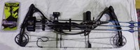"""2014 Hoyt Charger 60# 30"""" Field Ready Compound bow package"""