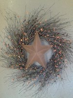 LARGE RUSTY PRIMITIVE STAR WREATH
