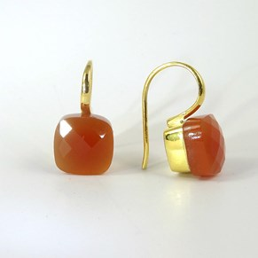 The Cube-Cut 'Cube' Earring - so very 'now'!