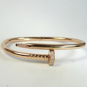 The Hardware Bracelet in silver and rose gold