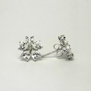 New - CZ 'Diamond' Flower Studs