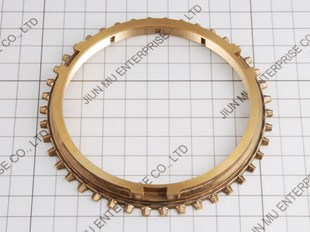 12205.302 SYNCHRO RING MITSUBISHI CANTER FE214 FE434 FK415 SYNCHRONIZER RING  MITSUBISHI FUSO TRUCK PARTS  ME601845  ME600101   ME600129 3D2402  MSR602 DCIF-1107A   DCIF1107A  1107A