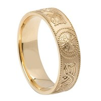 ID109 Warrior Shield - Mens,This stunning ring incorporates a design that is old. 14ct White or yellow gold.his gorgeous traditional design dates back thousands of centuries,
