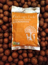 Honeyroasted biodynamic macadamia nuts