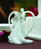 70408 Heart Arch and Couple Cake Top