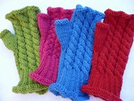 Mittens - Twist Cable fingerless